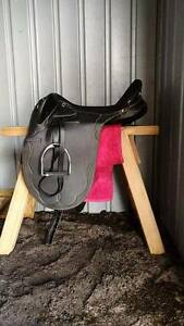 """17"""" Top End synthetic stock saddle Carramar Wanneroo Area Preview"""
