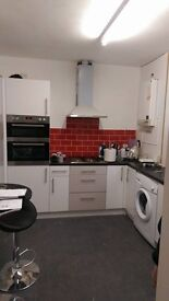 """NEWLY REFURBISHED HOUSE SMALL DOUBLE TO RENT"""