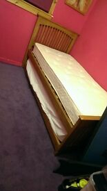 Single guest bed with or without mattresses