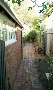 220$/week for a double room in East Perth Very Fremantle Fremantle Area Preview