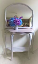gorgeous hall table and matching mirror