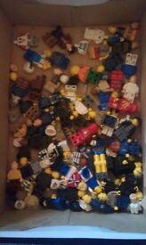 7.5kg of genuine mixed Lego bricks