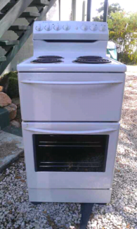 Westinghouse Electric stove and oven 540mm .