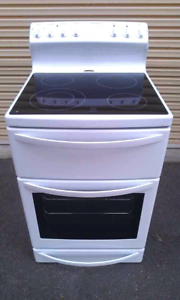 Westinghouse Ceramic Electric Stove/Oven.Fan forced.600 mm width