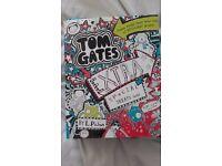 TOM GATES - EXTRA