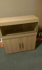 brand new 2ft 6 inch vivarium and cabinet in lissa oak