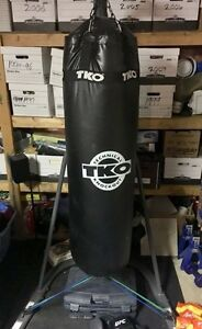 Punching bag (100lbs) with stand