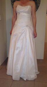 Brand New Strapless Wedding Dress South Yunderup Mandurah Area Preview