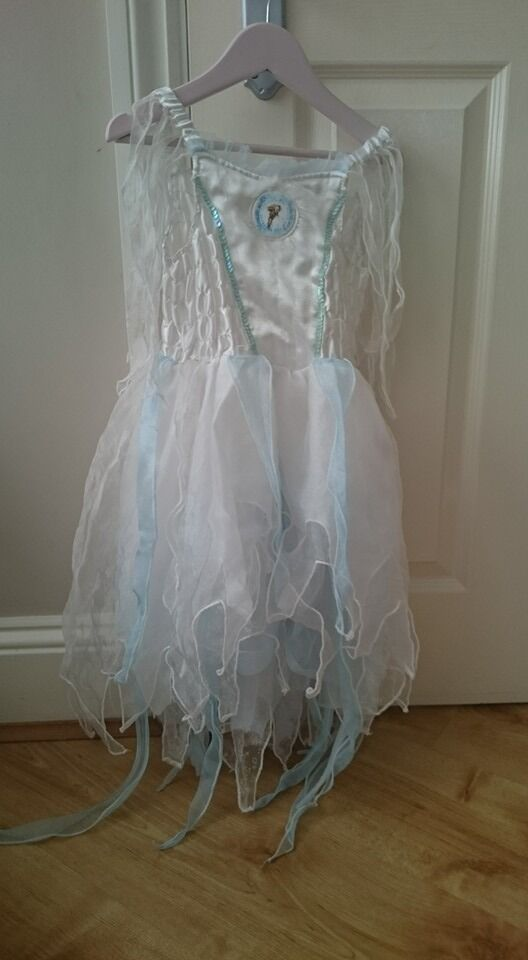 Narnia dressing up dress aged 3-4