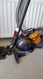 dyson ball cylinder hoover serviced light weight vacuum cleaner
