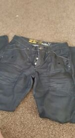 1 pair of jeans waist 32 small leg