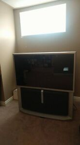 52 ' HIGH DEFINITION TV