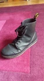 Men's Doc Marten Boots in excellent condition