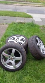 4 Alloys with new tires 215/50R17