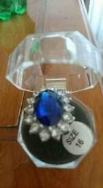 Beautiful lady Diana look a like silver ring