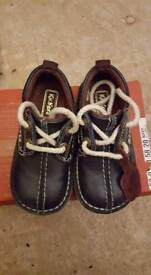 Boys kickers size 7
