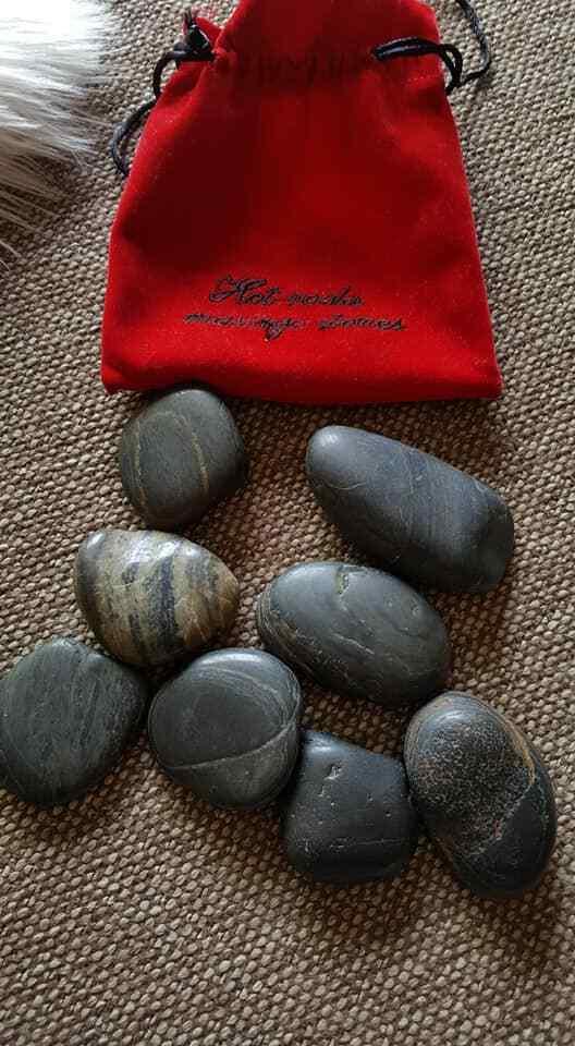Massage Steine HOT ROCKS  Stones Wellness Große Steine m.rotem Samtbeutel NEU