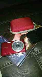 Red Sony Cybershot digital camera 14.1 megapixels Caloundra Caloundra Area Preview