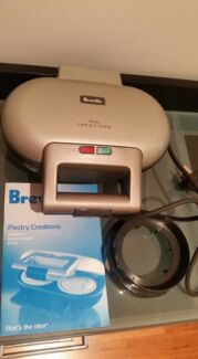 Breville Pastry Creations Pie Maker NEW unused