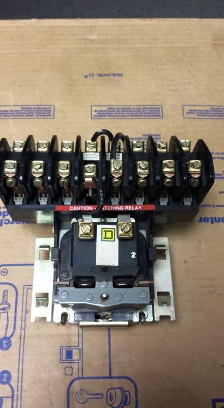 SQUARE D 8903-LL0-60 LIGHTING CONTACTOR   B64