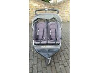 Out n About Nipper 360 Double stroller with rain cover