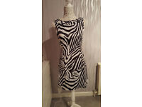 white&black zebra print oasis dress