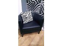 beautiful comfortable arm chair (was in spare bedroom)