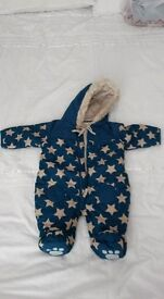 Warm outfit for up to 3 months
