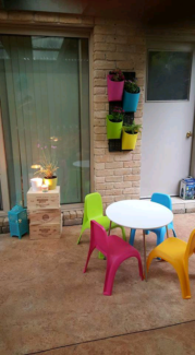 Kids white table and 4 x chairs