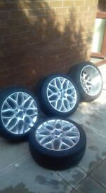 Ford 18 inch Alloy Wheels (with tyres) - Mint Condition