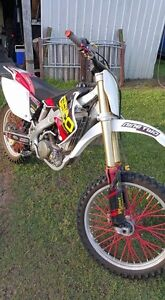 2006 Honda crf259r. Only 6 hours since full rebuild!!! Dundowran Fraser Coast Preview