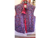 Ladies beautiful Floral gullet size small