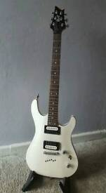 Cort Kx5 white electric guitar with bag and strap locks