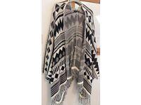 black & white poncho style cardigan S/M
