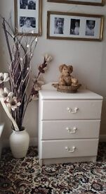 2 x matching shabby chic bedside chests