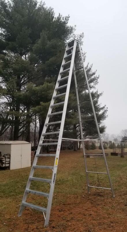 Louisville AS1018 18 Foot 300lb Rated Aluminum A-Frame Step Ladder