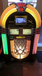 """Wurlitzer """"one more time"""" Jukebox Reduced for QUICK SALE $5000 Legana West Tamar Preview"""