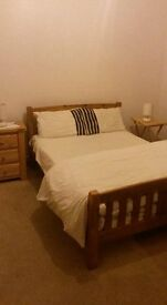 one freshly painted double bedroom for rent in a shared house in broxburn west lothian
