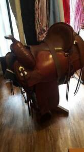 WESTERN SADDLE TEX FLEX IMPORTED 16 inch seat Chambers Flat Logan Area Preview