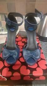 T.U.K Navy Retro Shoes