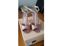 Faith Heels - Size 5. Worn once. Perfect for an occasion