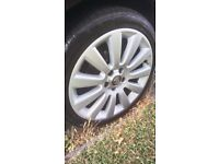 Vauxhall 18 inch twintops alloy wheels with tyres 5x110 2 new tyres, 2 with 5mm. Good condition