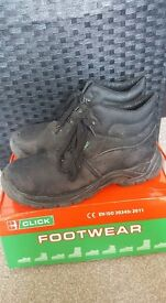 Size 9 Steel Toe Cap Boots (Almost New)
