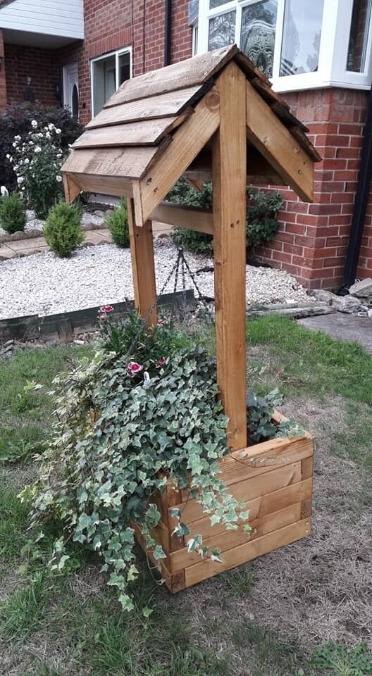 Wooden Wishing Well Hanging Basket Planter Hand Made In Audlem