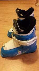 Children ski boots Salomon T1