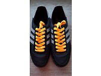 ADIDAS APE 779001 TRAINERS 3 STRIPES UK SIZE 9 DISCONTINUED 2010 DESIGN