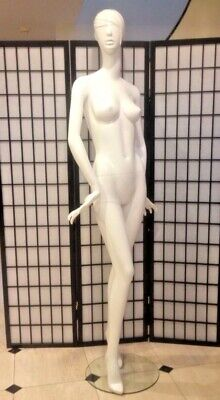 Fiberglass Glossy White Female Mannequin Full Body Retail Fashion Clothe Display