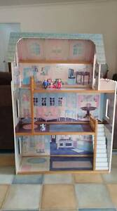 Doll's House Heathcote Sutherland Area Preview
