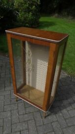 Lovely small vintage drinks cabinet / display cabinet