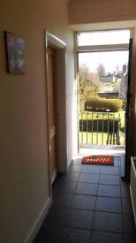 Recently decorated 3 bedroom maisonette for rent August 2017
